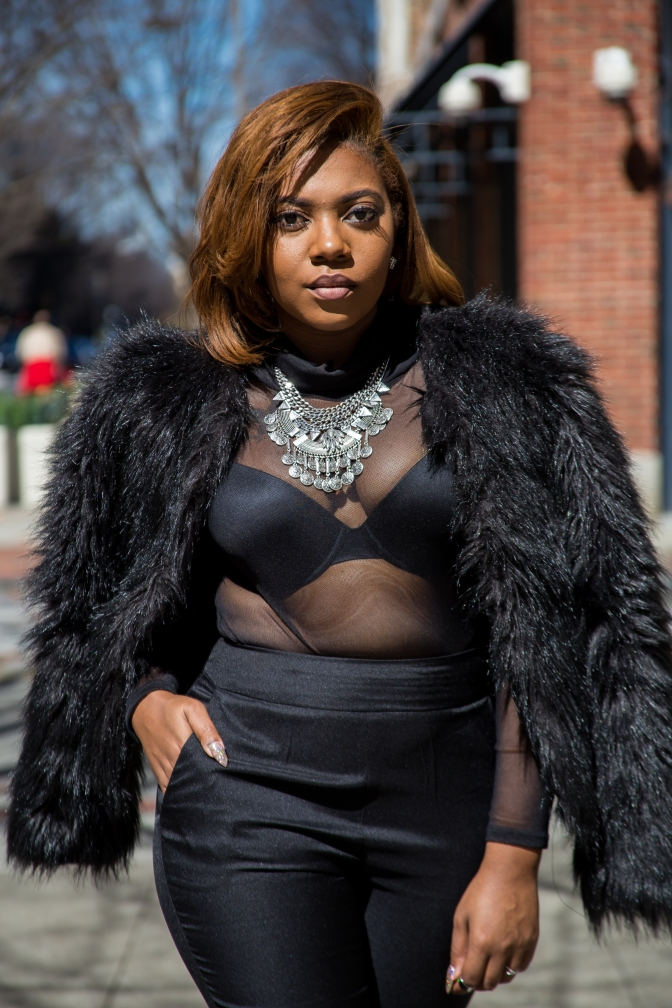 PUSHING THE ENVELOPE… SHOWING IT OFF WITHOUT SHOWING IT ALL [FT. FASHION ADDICT BOUTIQUE]